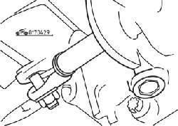 Регулировочный хомут на штоке переключения передач со стороны коробки передач