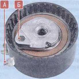 Вставив ключ-шестигранник - Renault Logan II замена и регулировка натяжения ремня привода ГРМ K4M